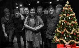 Scarecrow band Christmas 2015 BW_Col